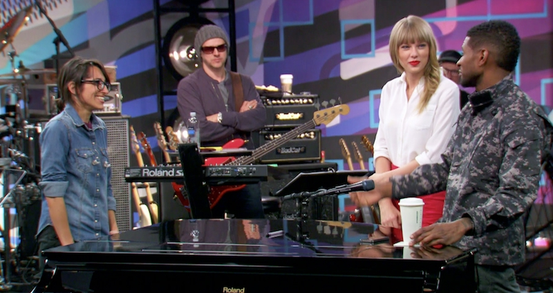 http://www.taylorpictures.net/albums/app/2013/thevoice/001.jpg