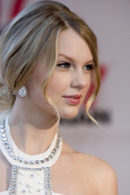 Taylor Swift 17 Again Premiere 2009 Taylor Swift Indonesia