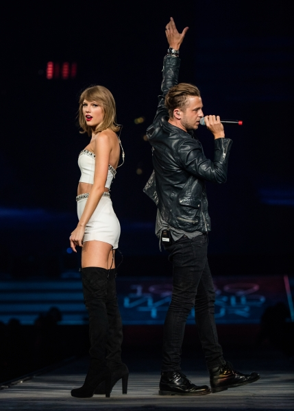 Taylor brought out Ryan Tedder of One Republic on The 1989 World Tour Los Angeles.