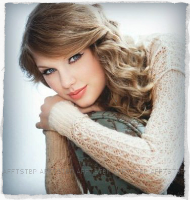 http://www.taylorpictures.net/albums/photoshoots/-%20PHOTOSHOOTS%20-/Speak%20Now%20Promo%20Shoot/017.jpg