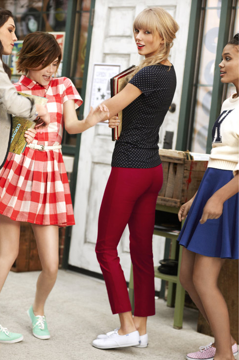 http://www.taylorpictures.net/albums/photoshoots/2012/keds/001.jpg