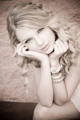 Emma Miller Normal_taylorweb01